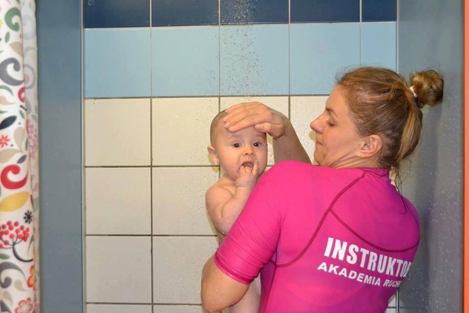 Akademia ruchu – Pływanie dzieci i niemowląt