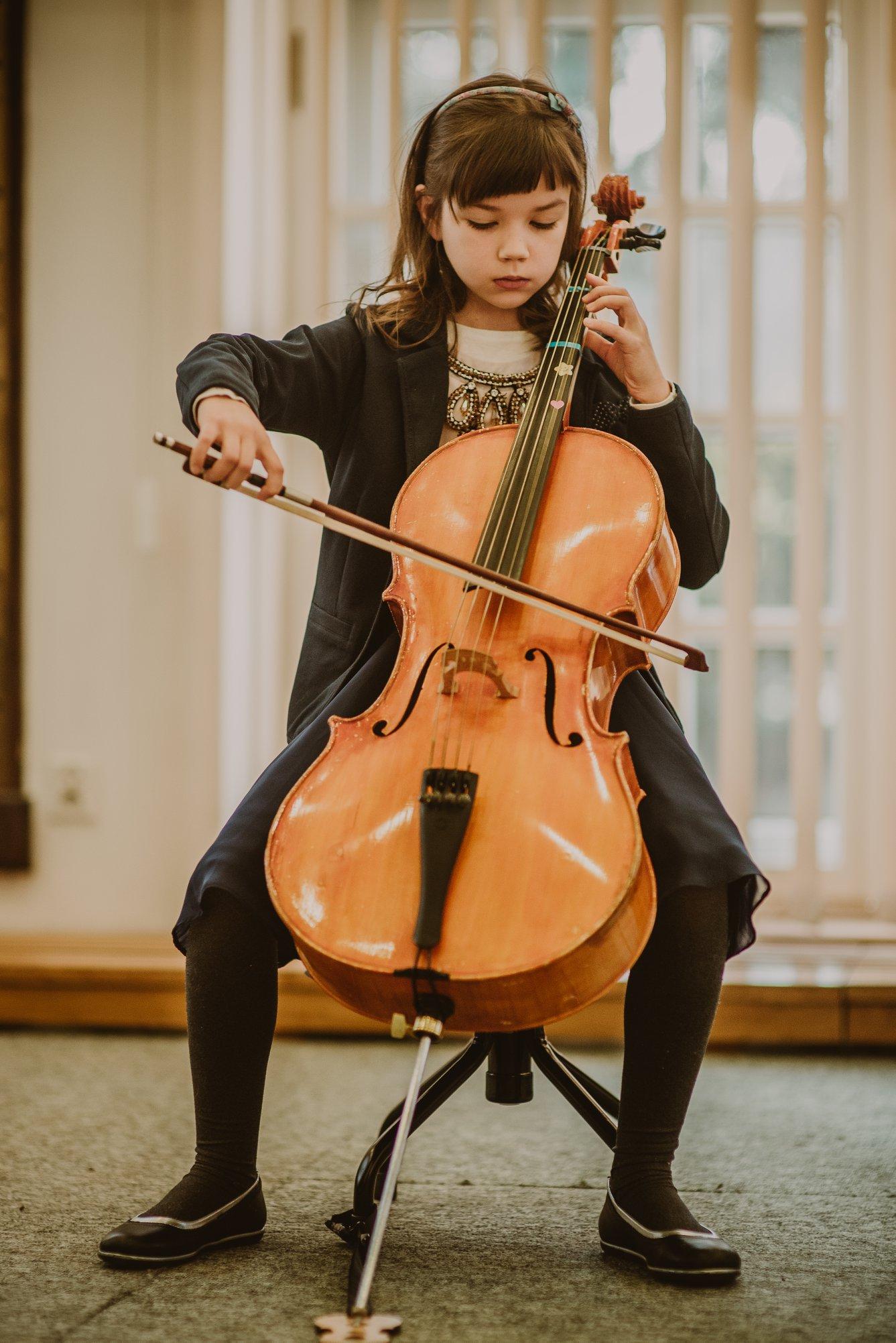 Akolada Szkoła Muzyczna