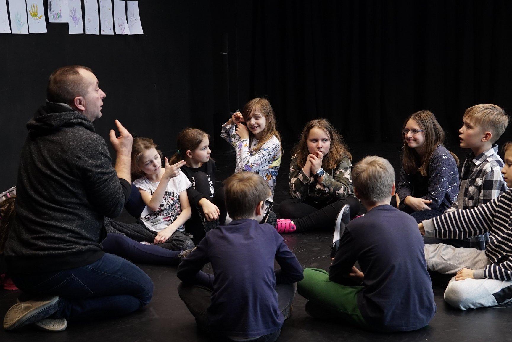 Studio Teatralne START – Dorożkarnia