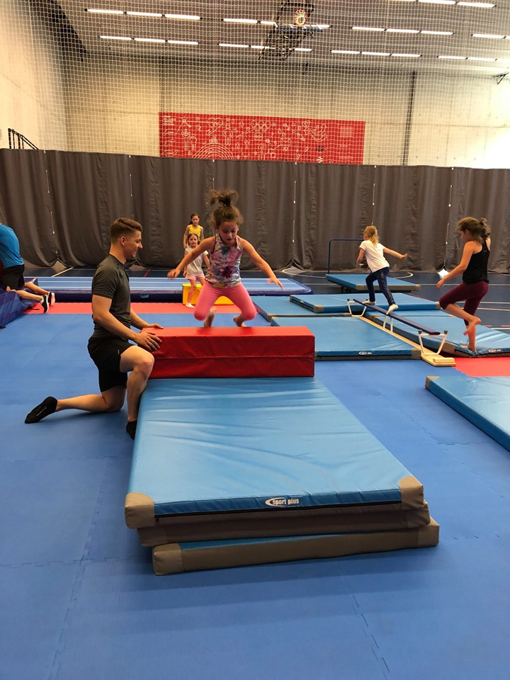 Hi Five Gym – gimnastyka dla dzieci Kraków